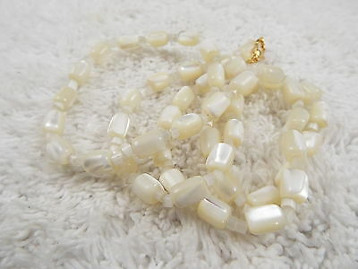 MOP Mother of Pearl Sea Shell Bead Necklace (D2)