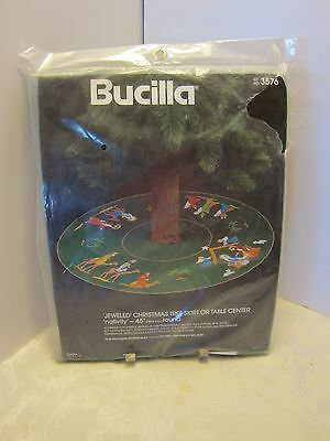 "Bucilla Kit Nativity 45"" Jeweled Christmas Tree Skirt orTable Center #3576 Vtg"