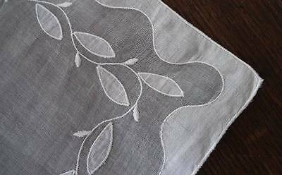"""Vintage White Organdy Linen Table Runner Embroidered Applique Leaves 33"""""""