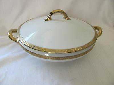 Royal Bayreuth white covered vegetable serving dish gold holly ivy pattern #30