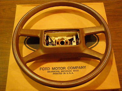 NOS 1987 1988 1989 Ford Crown Victoria Grand Marquis Steering Wheel