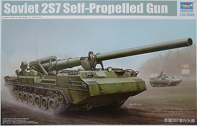 TRUMPETER® 05593 Soviet 2S7 Self-Propelled Gun in 1:35