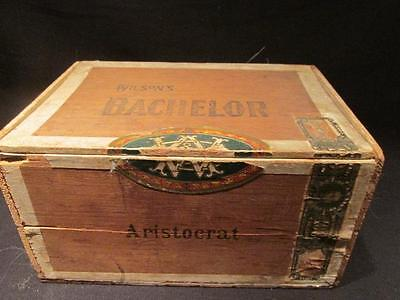Wilson's Bachelor Aristocrat Wooden Cigar Box for 100 Cigars 8 X 5 1/2 X 4 1/4""