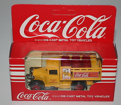 COCA COLA VINTAGE Die-Cast Metal Toy Vehicles Truck Ford DAYS GONE Delicius 9cm