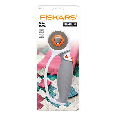 NEW | Fiskars F9511P Softgrip Loop Handle Rotary Cutter with 60mm Titanium Blade