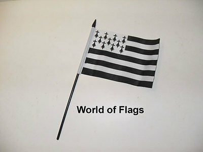 """BRITTANY SMALL HAND WAVING FLAG 6"""" x 4"""" Breton French Crafts Table Desk Display"""