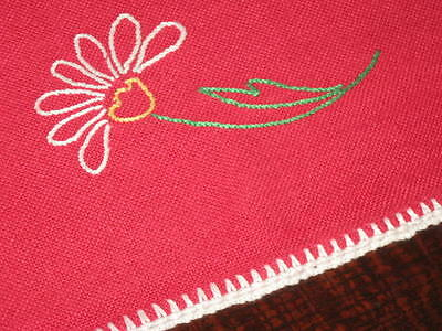 Blooming Long Stem Daisy! Vtg German Red Wool Spring Tablecloth White Crochet