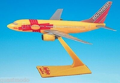 "SOUTHWEST AIRLINES  'NEW MEXICO""  Boeing 737-700 DESK MODEL"