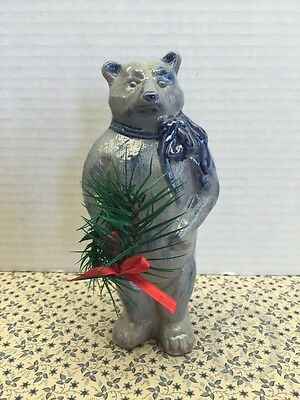 *Rowe Pottery* Salt Glazed*Christmas Bear & Wreath *Primitive*Handmade*#15310L