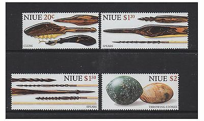 Niue - 1998 Ancient Weapons set - MNH - SG 850/3