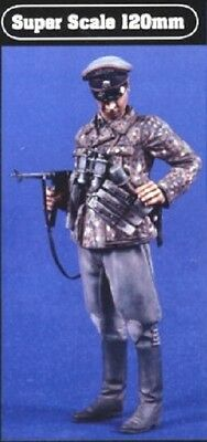 VERLINDEN PRODUCTIONS #S03 WWII German Cavarly Officer Figur in 1:16