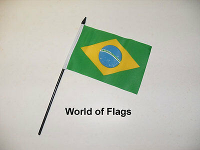 "BRAZIL SMALL HAND WAVING FLAG 6"" x 4"" Brazilian Crafts Table Desk Display"