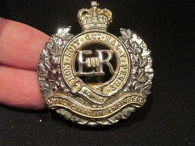 Royal Canadian Engineers Post WWII Nickel Chrome Plated Cap Badge