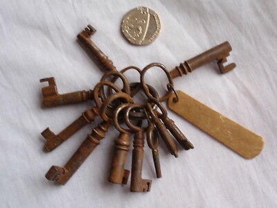 Antique Mixed Job Lot 19Th C Bunch Of 10 Rusty Old Keys (C)