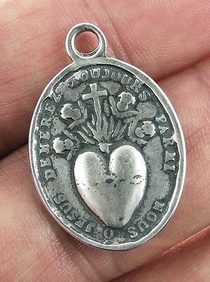 SACRED HEART OF JESUS / PASSION CHRIST Medal, silver, cast from antique original