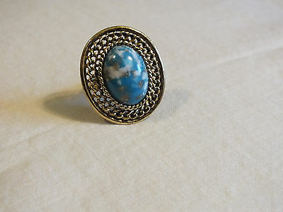 Beautiful Gold Tone Cocktail Ring Marbled Turquoise White Cabochon Adjustable