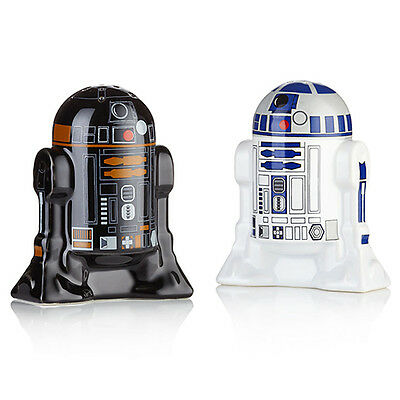 NEW Star Wars Movie Ceramic R2-D2 & R2-Q5 Droids Ceramic Salt & Pepper Shakers