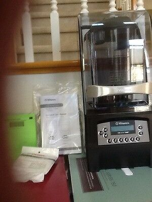Vitamix The Quiet One  Blender  NEW (IN COUNTER) MPN 40009 Model VM 145A