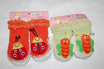 Toddler Baby TWO PAIR Booties THICK KNIT SLIPPERS Socks LADYBUG BUTTERFLY Sz 0-1
