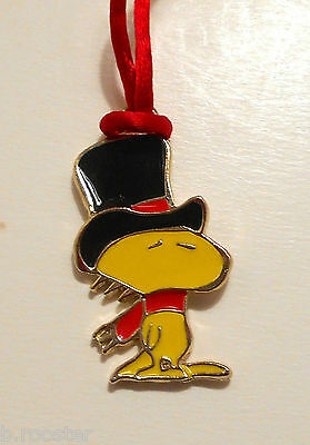 """Woodstock With Dickens Hat Necklace Pendant 1965 Peanuts Vintage 2"""" Christmas"""