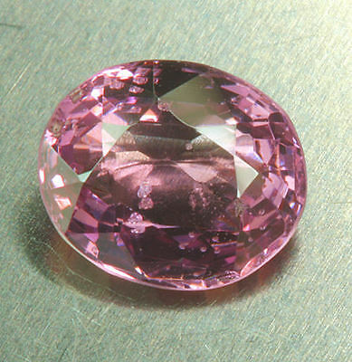 SPINELLE     0,97 ct