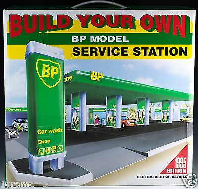 Build Your Own BP Model Service Station 1995 Snap Together Authentic Replica