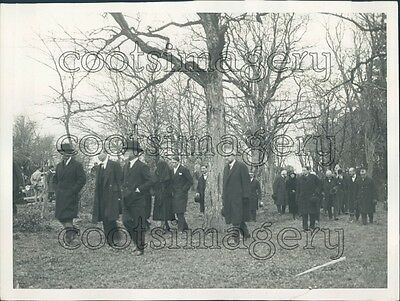 1929 Mourners at Clemenceau Burial Vendee France Press Photo