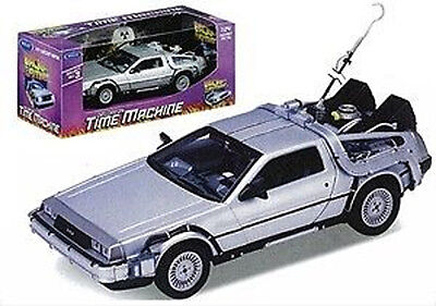 *NEW* Back to the Future 1 - 1:24 Scale Die-Cast DeLorean Car Model Time Machine