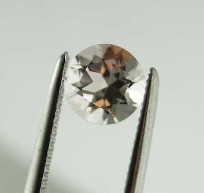 Echter facettierter MORGANIT ( d = 10 mm // 3,36 Carat ) in Box