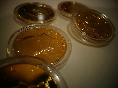 24 K  Gold Plated Jfk Kennedy Half Dollar Coin -  With / Air Tight  Capsule !