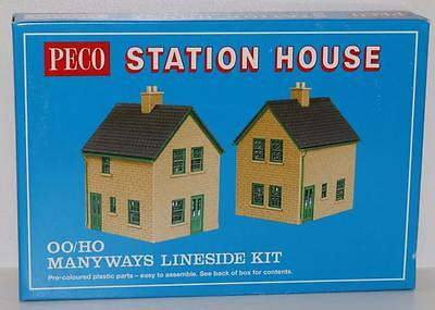 OO HO Peco Manyways Station House Lineside Kit FNQHobbys LK-15