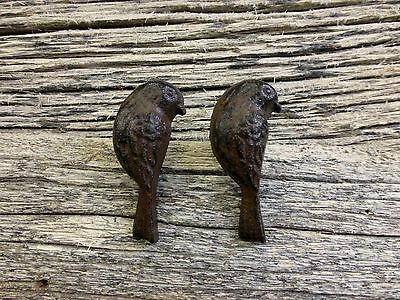 2 CAST IRON UPRIGHT BIRD CABINET PULLS DOOR DRAWER DRESSER KNOBS rustic hardware