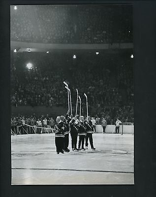 ORIGINAL Rangers skating on Madison Square Garden ice Old Timers Day Press Photo