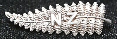 NZ - NEW ZEALAND - STERLING SILVER FERN LAPEL PIN - Nicely Detailed - Very Clean