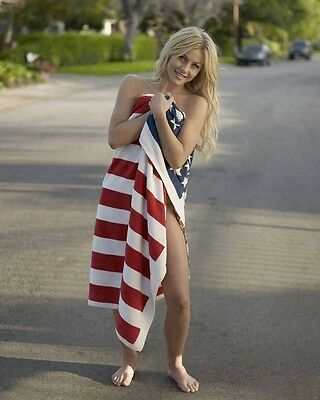 Julianne Hough Tv And Movie Star   8X10 Photo