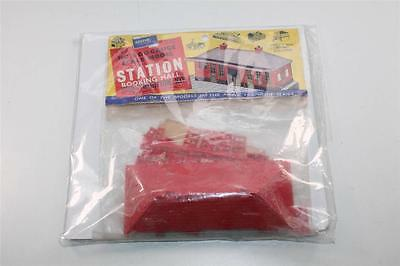 """Airfix OO Scale Station Booking Hall Construction Kit Circa """"1958"""" Rare (8162)"""