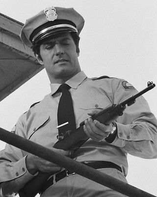 Mission: Impossible Peter Lupus holding rifle 8x10 Photo