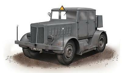 SPECIAL ARMOUR 72001 SS-Gigant Schwerer Radschlepper in 1:72 LIMITED