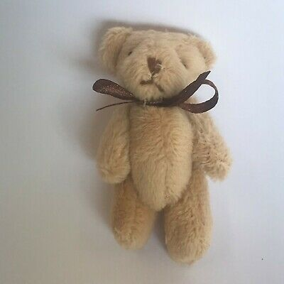 Childs Teddy Bear with bow for 1:12 Scale Dolls House D858