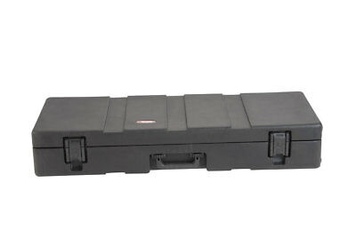 Skb Cases 1Skb-R4215W Roto Molded Case For 61 Note Keyboard With Wheels New