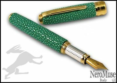 Stylo Stingray Skin & SILVER Fountain Pen JADE GREEN Broad Nib