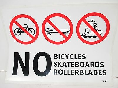 No Bicycles Skateboards, Self-Adhesive Traffic Sign 2 PCS (FS1298-9G739)