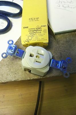 nos Hubbell-Bryant 5261I Single Receptacle, Industrial Grade, 15A, 125V