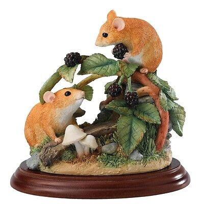 Border Fine Arts Collection Dormice & Brambles Figurine  A21279