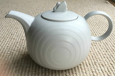 Hornsea Swan Lake Teapot Matt Grey approx 2Pt Capacity