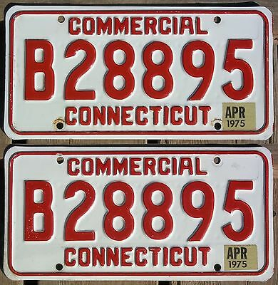 Connecticut 1975 COMMERCIAL TRUCK license plate pair - natural sticker!