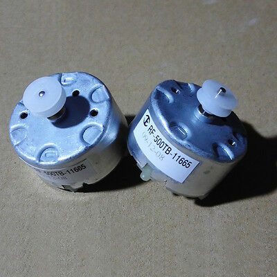 1 pcs NEW Small motor 500 motor solar motor (with white pulley) 3V-9V DIY