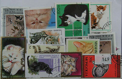 100 Cats stamps in packet  (149)