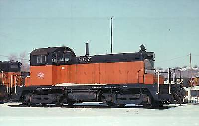 600 hp Switcher, Milwaukee Road #867, 1977, by GM --- Railroad Train Postcard