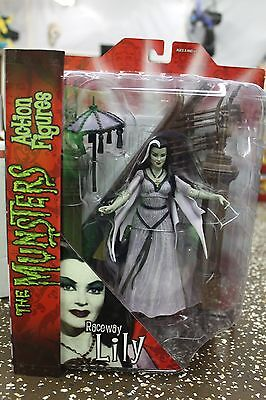 Munsters Select PX Exclusive Raceway Lily Figure